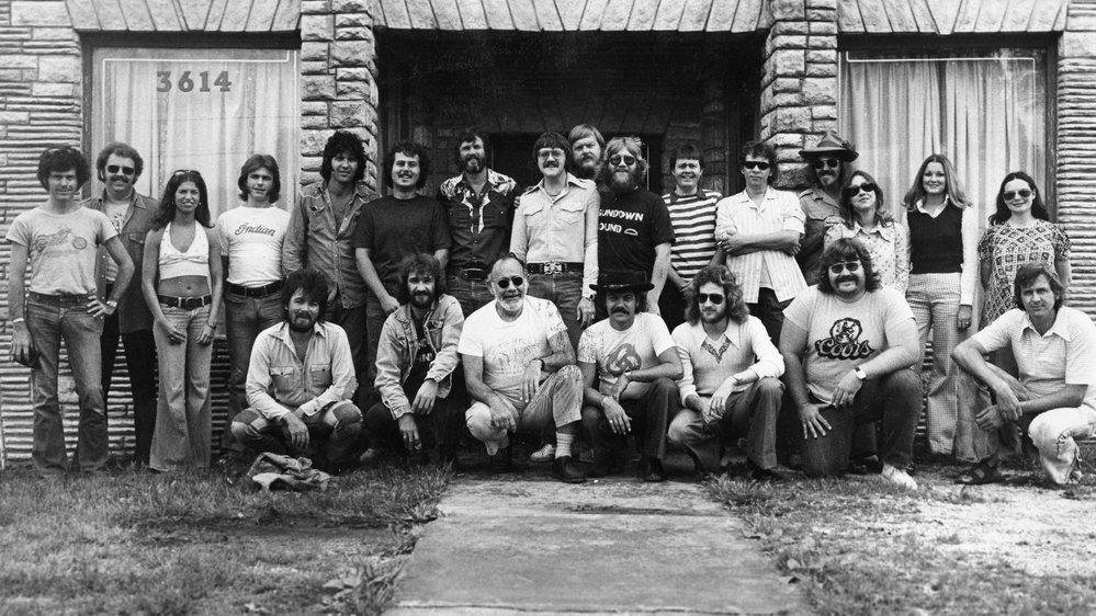 John Prine, Donnie Fritts, Jerry Wexler, Kris Kristoferson, Dan Penn and others at Muscle Shoals Sound Studio. (Photo courtesy of Dick Cooper.)